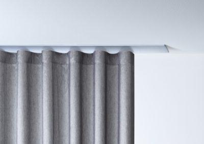 W2-Detail_mit_Stoff_Aluminium